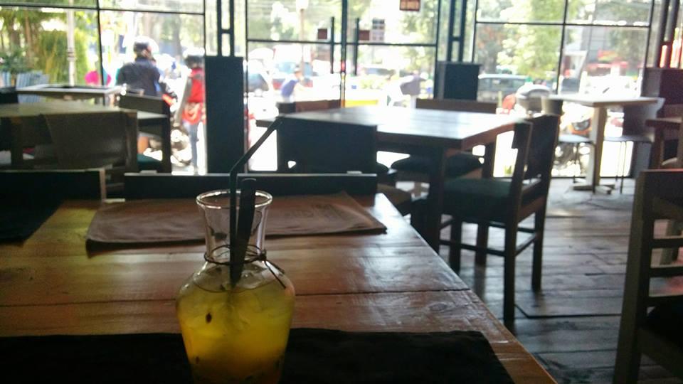 バンドンのカフェ