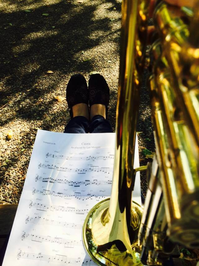 日本から持ってきたトランペット。ストリートでジャズ仲間と演奏をしたことも。