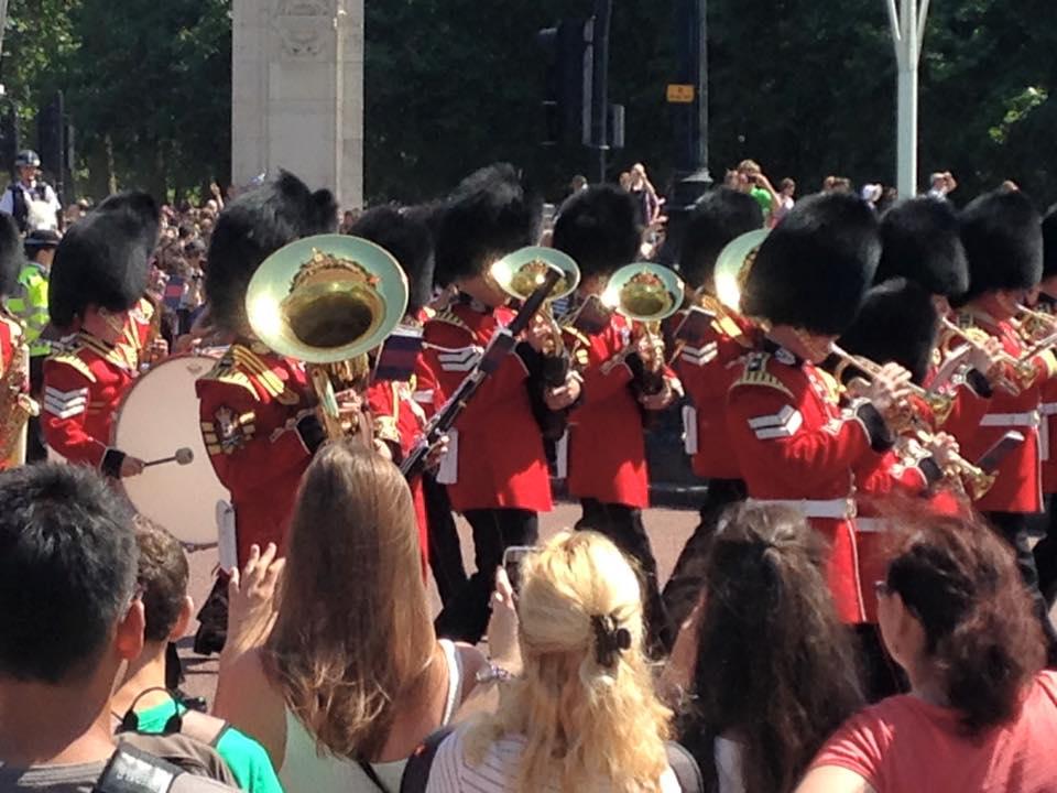 ロンドンでよく見られる兵隊の行進