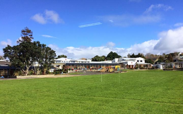 ニュージーランドで通っていた公立小学校の外観
