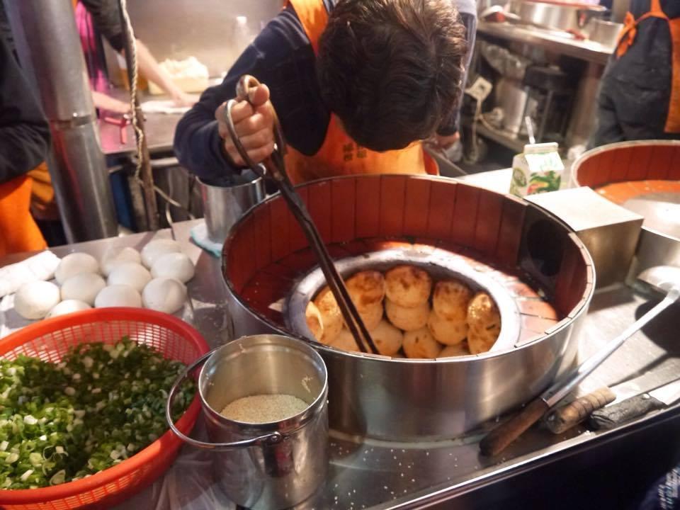 台湾は屋台で気軽にご飯が食べられる