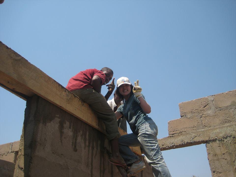 タンザニアで活動