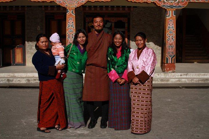 ブータンの友人たちと