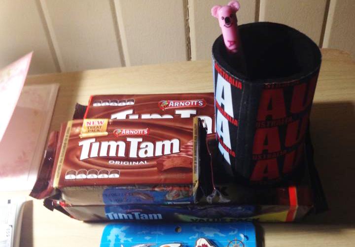 オーストラリアで有名なお菓子Tim Tam(ティムタム)。ホストマザーの方にもらったそうです。