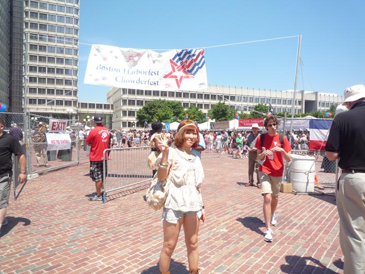 クラムチャウダー発祥の地、ボストンで夏に毎年行われる「クラムチャウダーフェスティバル」で。
