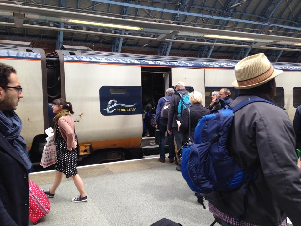 ロンドンの中心部ビクトリア駅から出ている高速列車「ユーロスター」