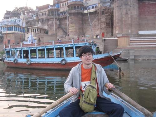 大学時代のインド一人旅でガンジス河へ