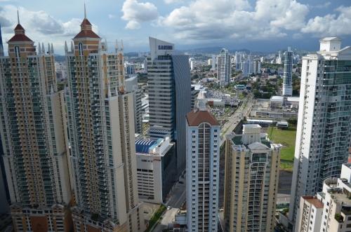 パナマの首都「パナマシティ」。あまりの都会ぶりに最初すごく驚かれたそうです。