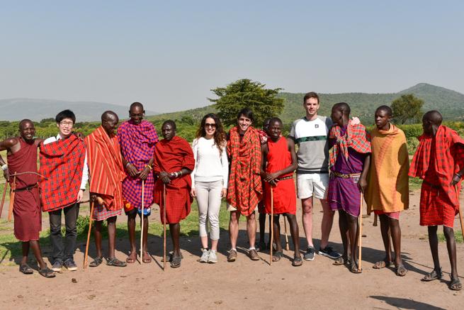 ケニアのマサイ族と