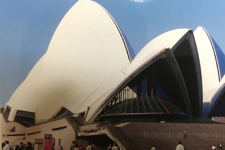 シドニー旅行で行ったオペラハウス。