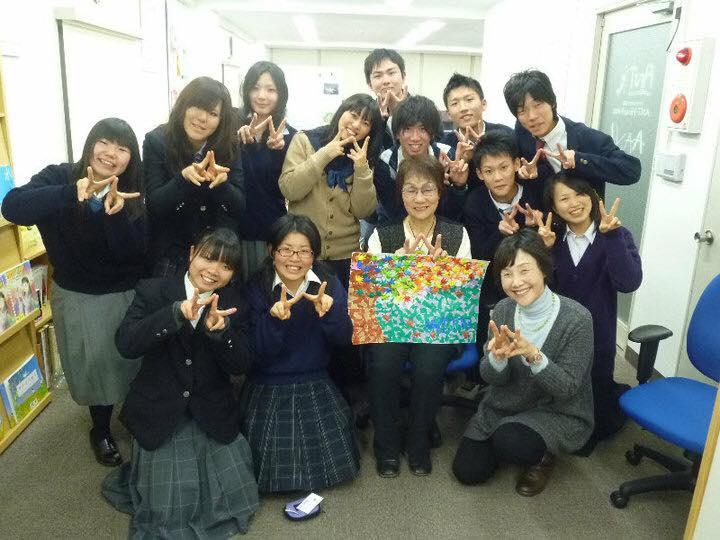 関西の色々な学校から集まりボランティア活動を実施。