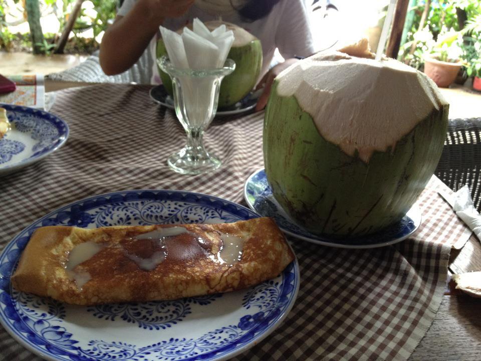 お気に入りだった朝ごはんのココナッツジュースとパンケーキ。